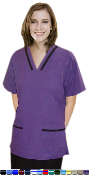 Women's Contrast V Neck Tunic Style 4 Pocket Scrub Set With Boot Cut Pants.