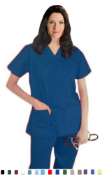 Women's Solid Scrub Set With 5 Pockets.